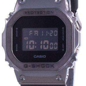 Reloj Casio G-Shock Digital Quartz GM-5600B-1 GM5600B-1 200M para hombre