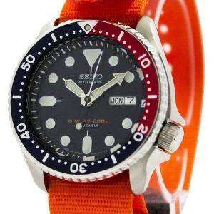 Seiko Automatic Diver&#39,s 200M NATO Strap SKX009J1-NATO7 Reloj para hombre